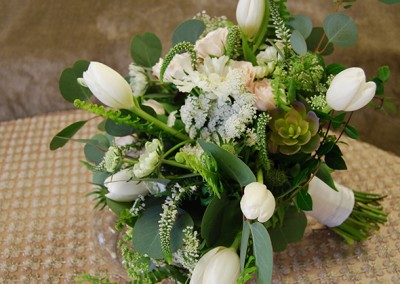 White and Ivory Wedding Bouquets 24