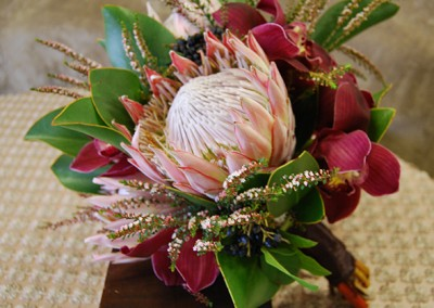 Red and Burgundy Wedding Bouquets 4