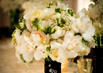 White and Ivory Wedding Bouquets 21