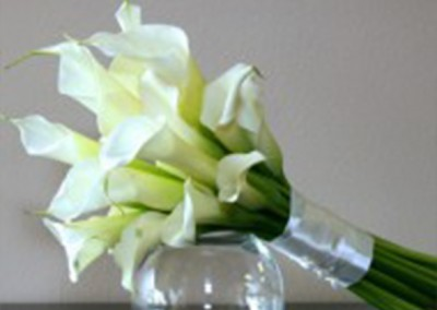 White and Ivory Wedding Bouquets 16