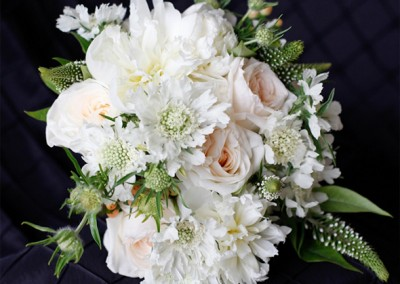 White and Ivory Wedding Bouquets 15