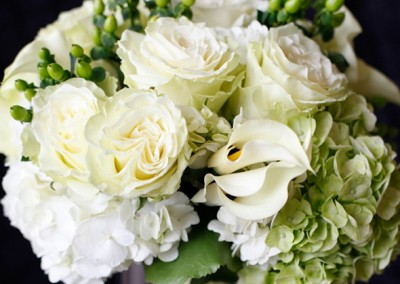 White and Ivory Wedding Bouquets 14