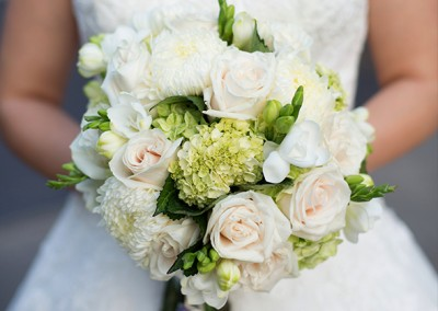 White and Ivory Wedding Bouquets 13