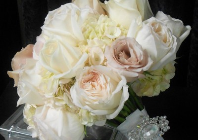 White and Ivory Wedding Bouquets 10