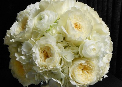 White and Ivory Wedding Bouquets 9