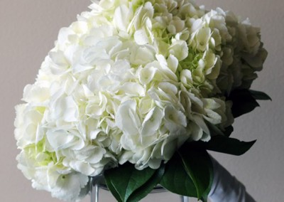 White and Ivory Wedding Bouquets 2