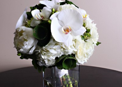 White and Ivory Wedding Bouquets 5
